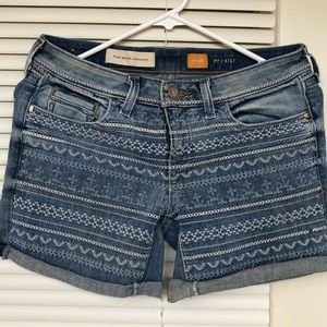 Anthropologie Size 26 Embroidered Denim Shorts